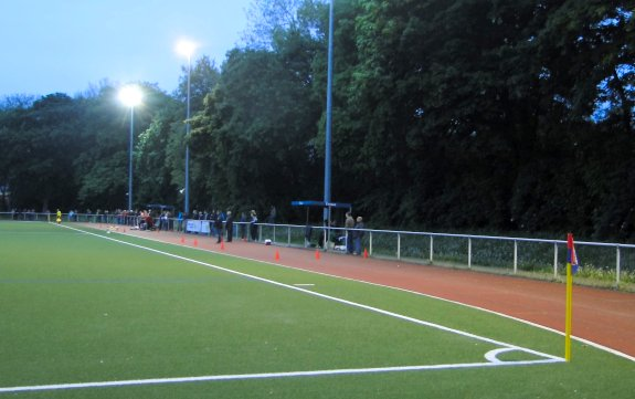 Stadion Deutsch-Luxemburger-Straße